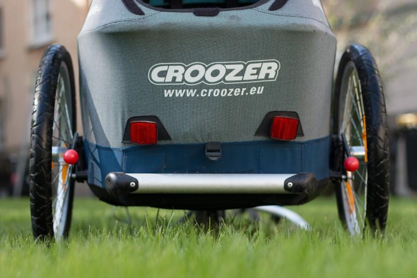 Tiefergeleegt: Die Bodenfreiheit des Croozer ist übersichtlich